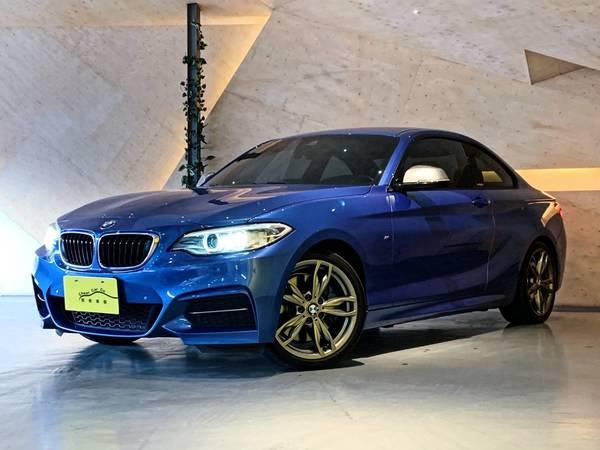 中古車 BMW 2 Series M240i 圖片