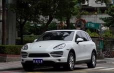 2012 Porsche Cayenne 全景 只跑五萬 白色 總代理《東威》