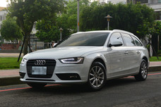 Audi A4 Avant 2015年式 原廠保固中