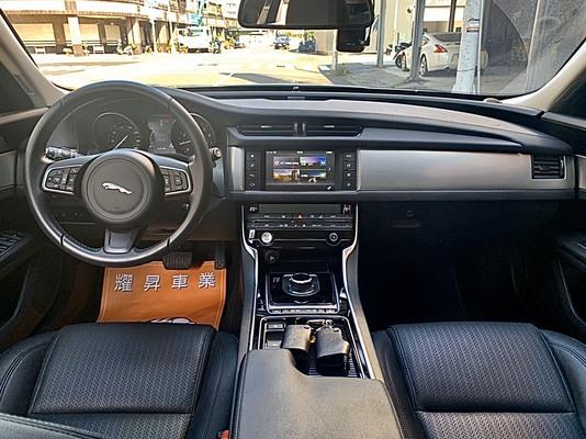 中古車 JAGUAR XF 2.0 圖片
