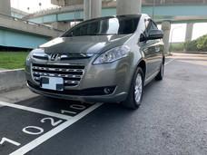 《鑫宏車業》車輛目前在新北市,8人座、全家遠遊好幫手、空間大..