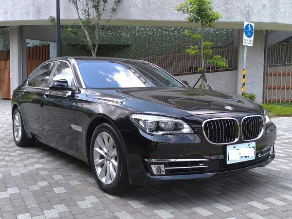 中古車 BMW 7 Series 740 圖片