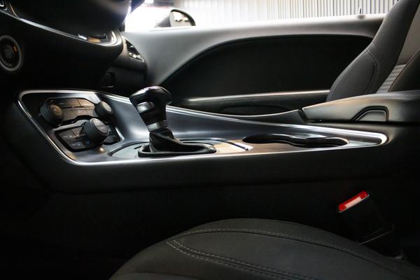 中古車 Dodge Challenger SXT 圖片